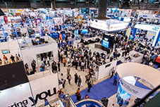 Large Tradeshow with many attendees